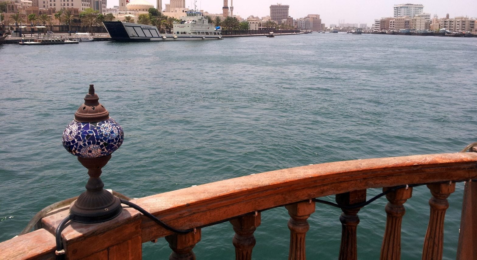 old-dubai-creek-glimpses-of-the-world