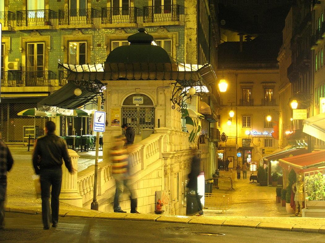 lisbon-travel-glimpses-of-the-world