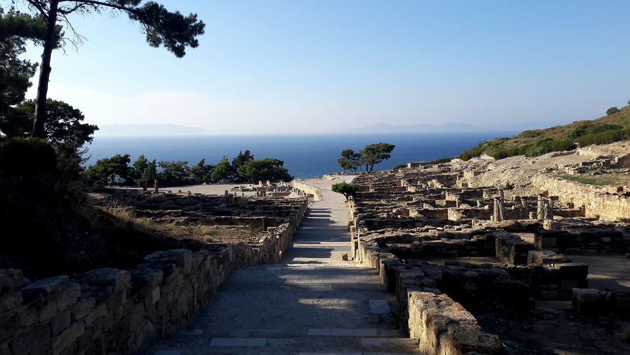 rhodes-travel-greece-island-colossus-mythology-history-glimpses-of-the-world