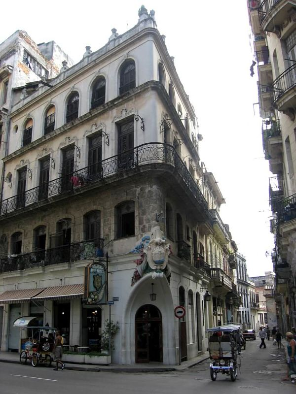 Going out of the Old Havana, Glimpses of The World