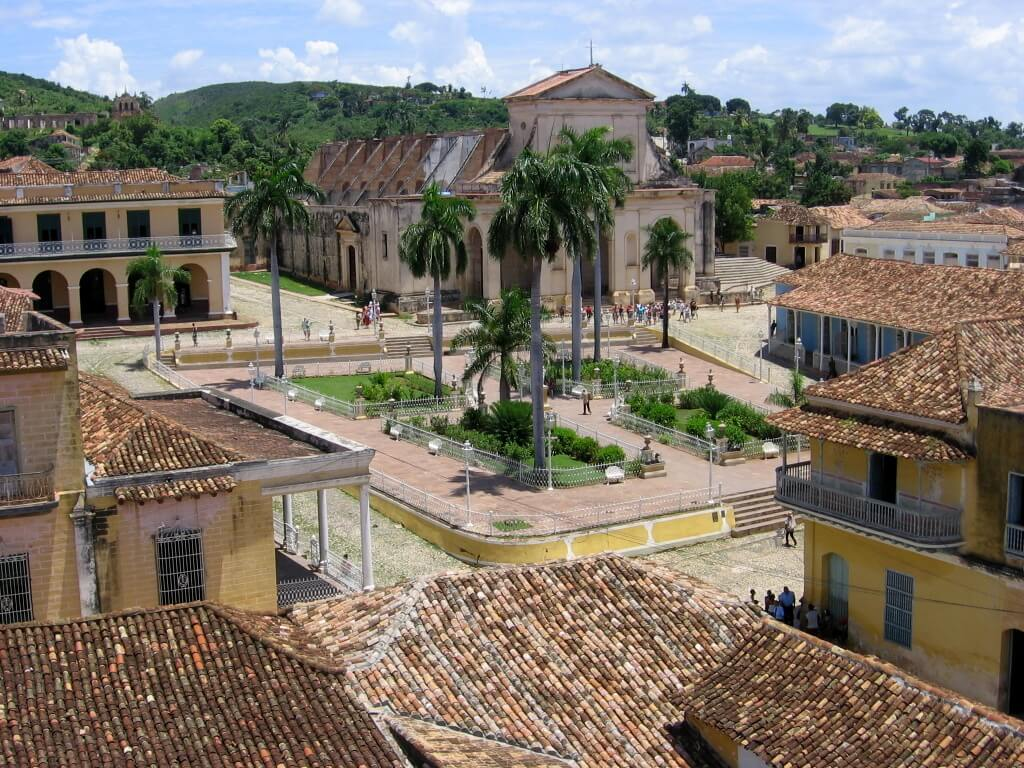 Cuba-travel-towns-Glimpses-of-The-World
