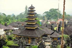 Besakih-Temple-travel-blog