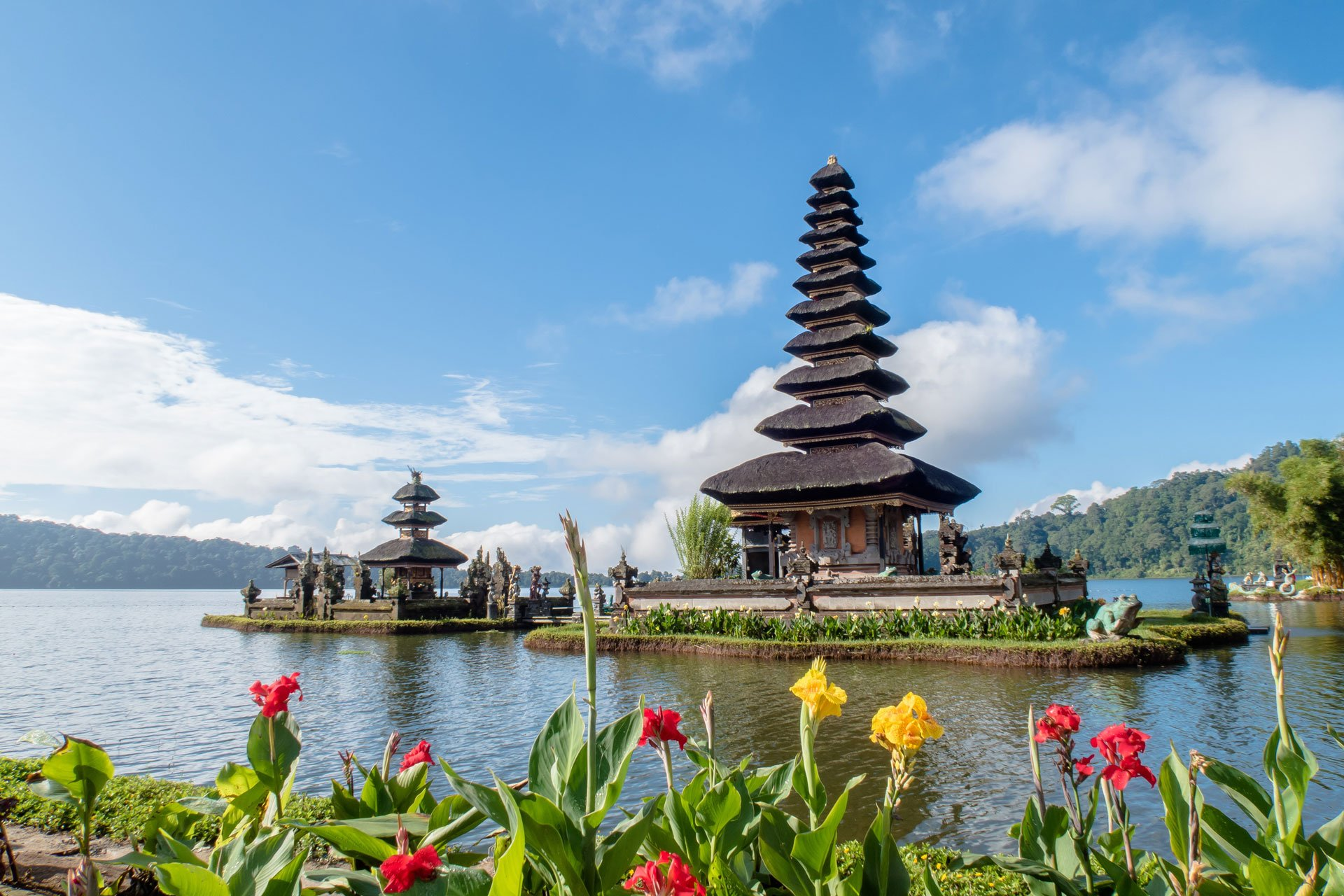 The prettiest temples in Bali - Glimpses of the World