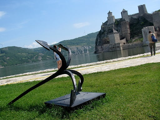 Serbia-travel-Iron-Gate-Danube-Golubac-Glimpses-of-The-World