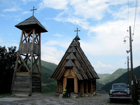 Kusturica-village-Mokra-Gora-Glimpses-of-The-World