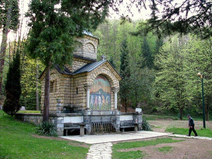 Serbia-travel-Loznica-Glimpses-of-the-World