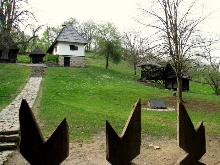 Serbia-travel-Loznica-Trsic-Glimpses-of-the-World