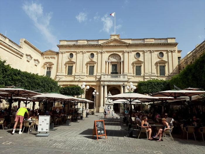 Malta-travel-Valletta-Glimpses-of-the-World-blog