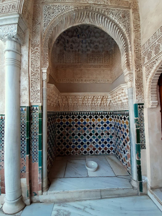 Granada-Andalusia-Spain-Alhambra-Glimpses-of-the-World