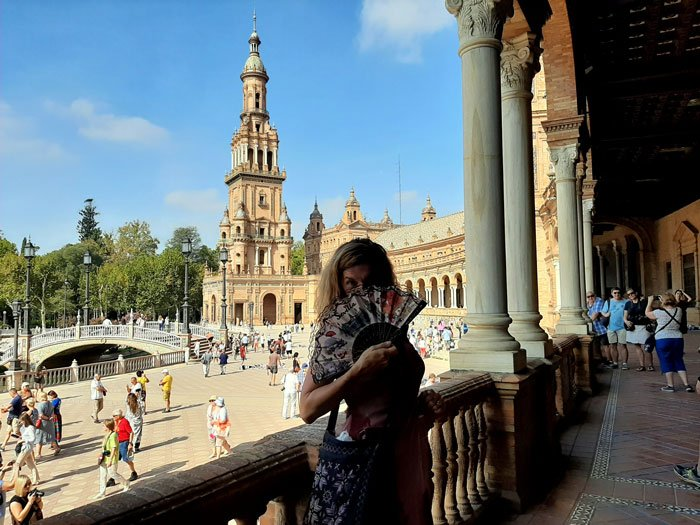 Things-to-do-in-Seville-Spain-Plaza-de-Espana-Glimpses-of-the-World