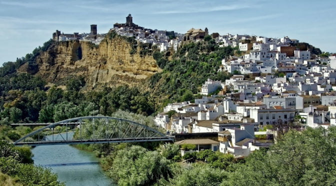Arcos-de-la-Frontera-Spain-Glimpses-of-the-World